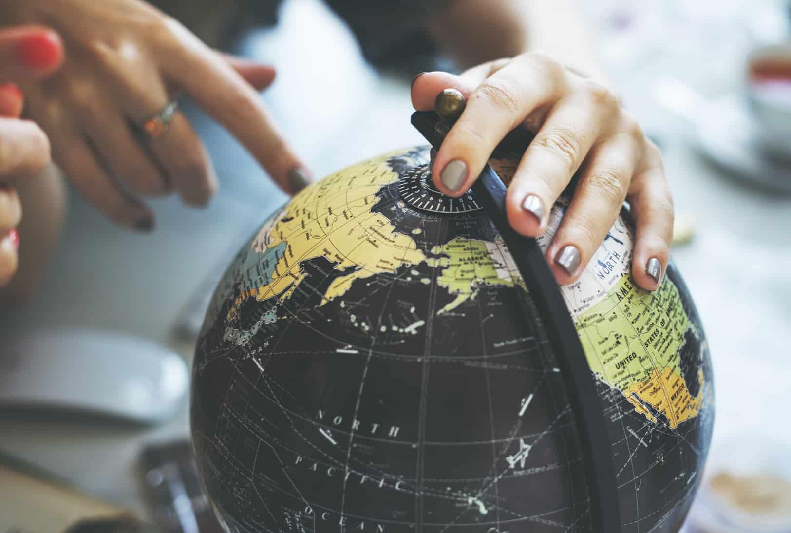 Du kan trygt rejse ud i verden, når du har en årsrejseforsikring fra Dansk Rejseforsikring. Årsrejseforsikringen dækker alle dine rejser op til 30 dage i 1 år.