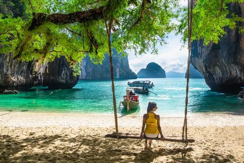 Rejs trygt til tropiske destinationer med en Rejseforsikring Verden.